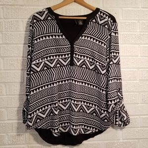 2/20 New Directions XL blouse tribal stripes